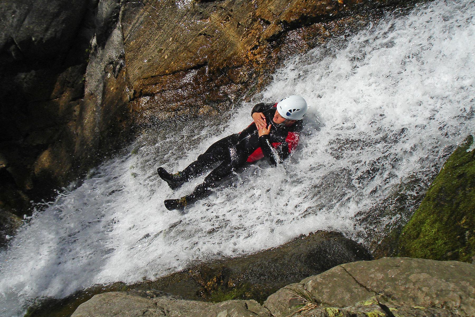 Canyoning ardeche, speleo ardeche, climbing and canyoning near Aubenas