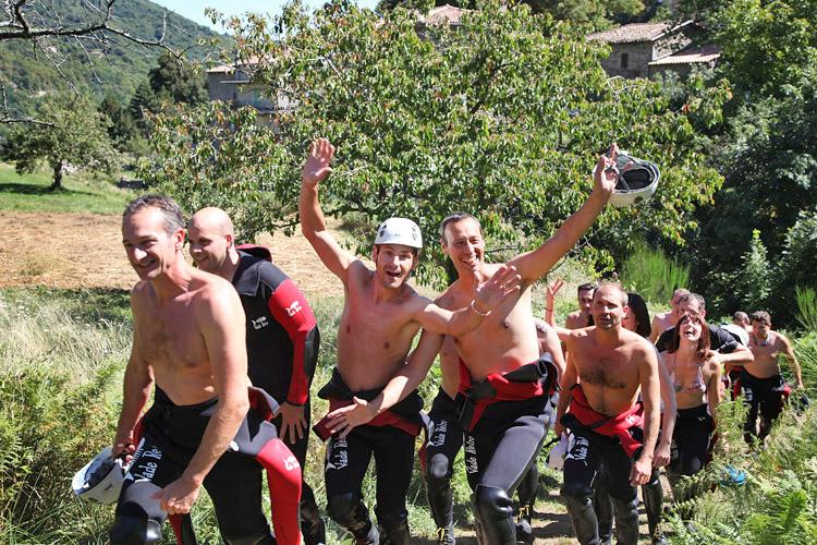 Activité canyoning en Ardèche Aérocanyon Ad', canyoning en Ardèche pour ados et adultes