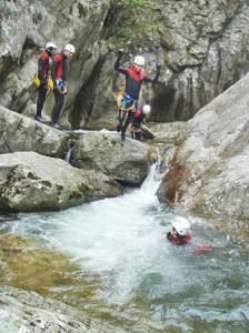 Premier saut dans le canyon