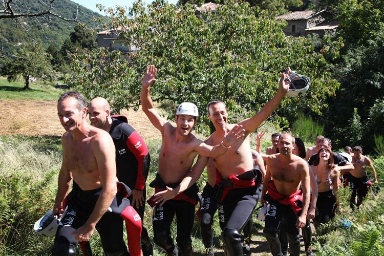 Activité canyoning en Ardèche Aérocanyon Ad', canyoning en Ardèche pour ados et adultes : Canyon Besorgues